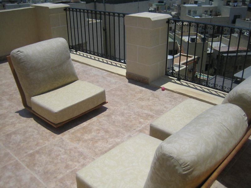 Duplex 2 bedroom penthouse in GZIRA