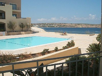 Private pool area in Mellieha