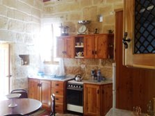 House with pool in Mgarr