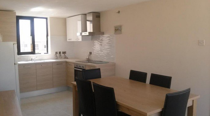 fully fitted kitchen long lets malta