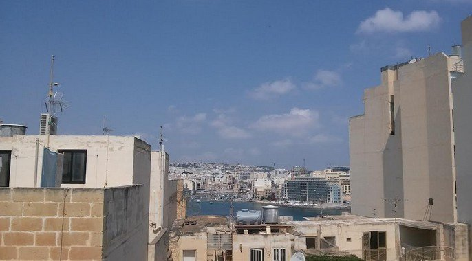 Distant sea views penthouses for rent in Malta