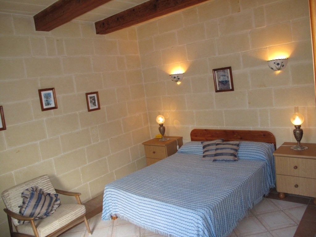 4 bedroom property to let in Gozo