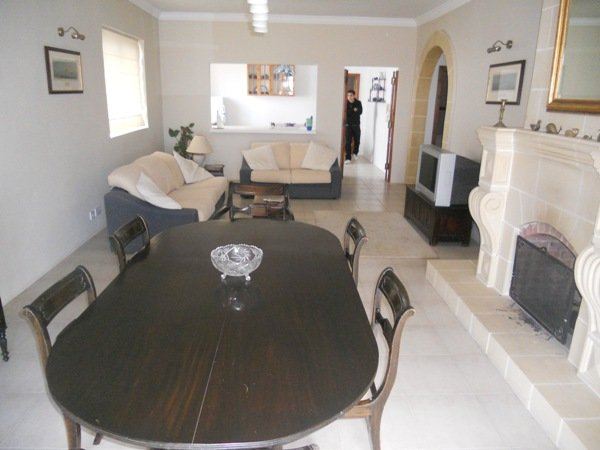 Lovely Apartment in Naxxar