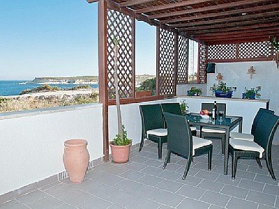 Apartment with Terrace in Marsascala
