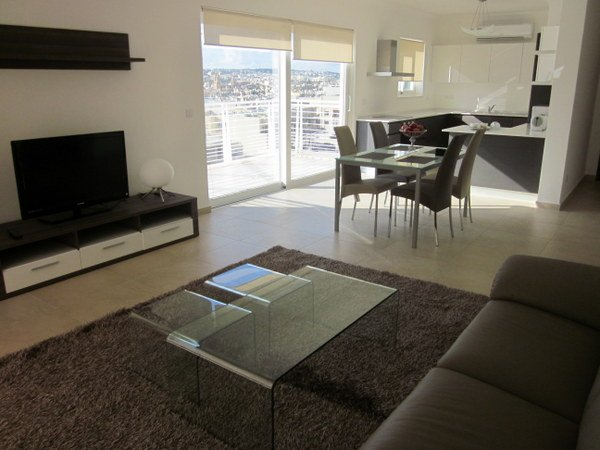 1 Bedroom Apartment In Fort Cambridge Sliema