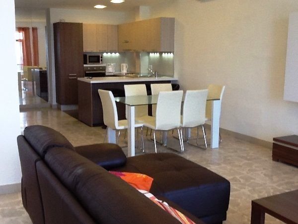 dining room in apartments to rent in malta