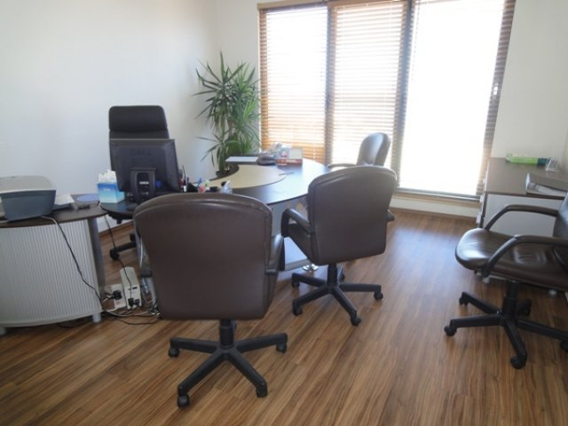 Office to let in Portomaso