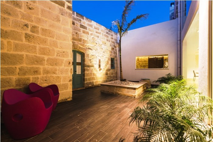 7 bedroom villa malta to let