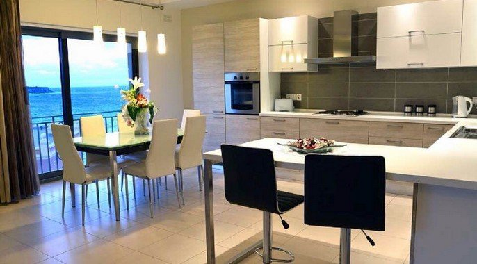 Kitchen / dining room for rent in Malta