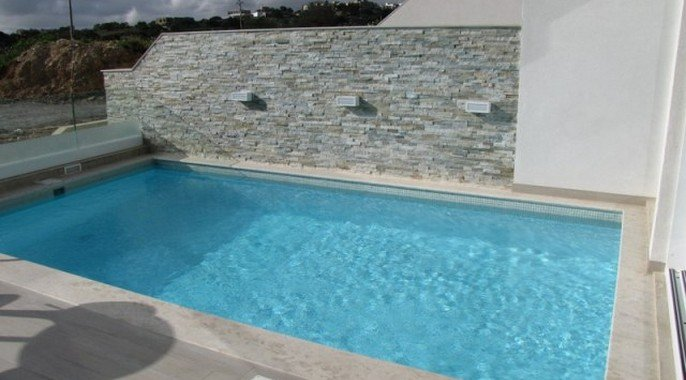 Villa with 2 pools in Malta
