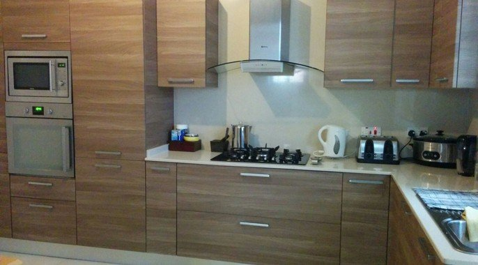 Modern kitchen long lets Malta
