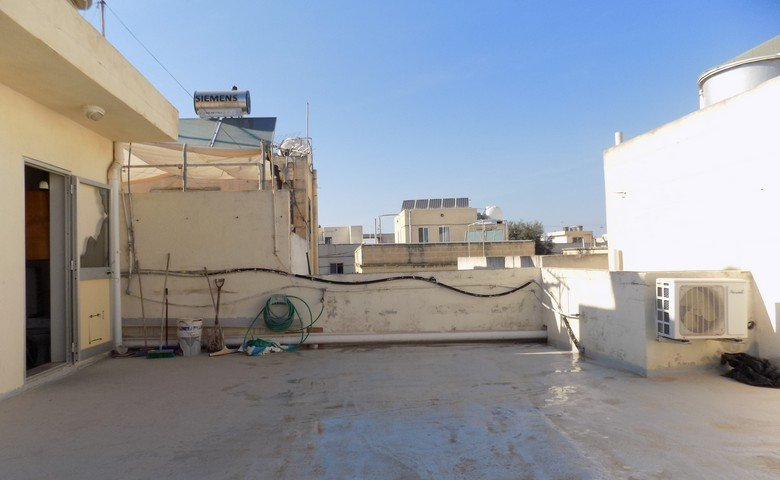 Property Malta: Roof topwith views