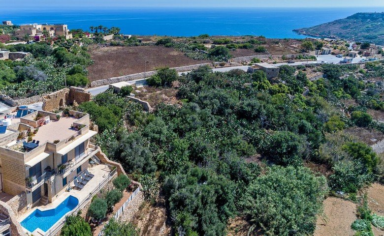 Property for sale in Gozo: Country views