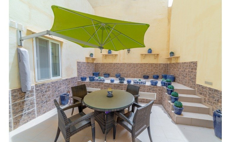 rental properties malta furnished