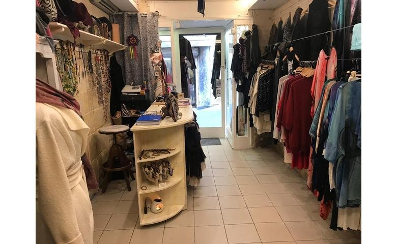 malta property for rent shop in valletta