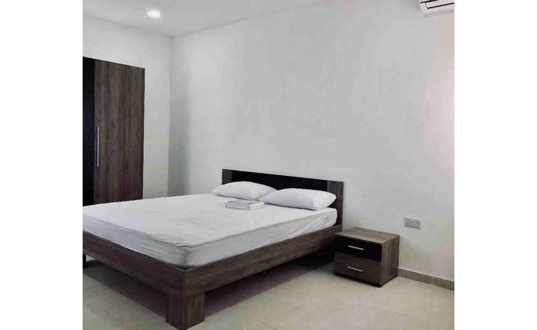 malta to let penthouse furnished