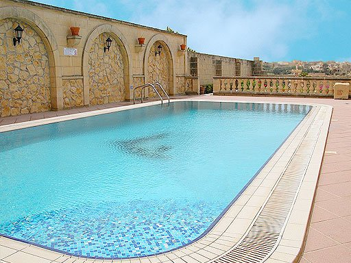 House with swimming pool in Gharb