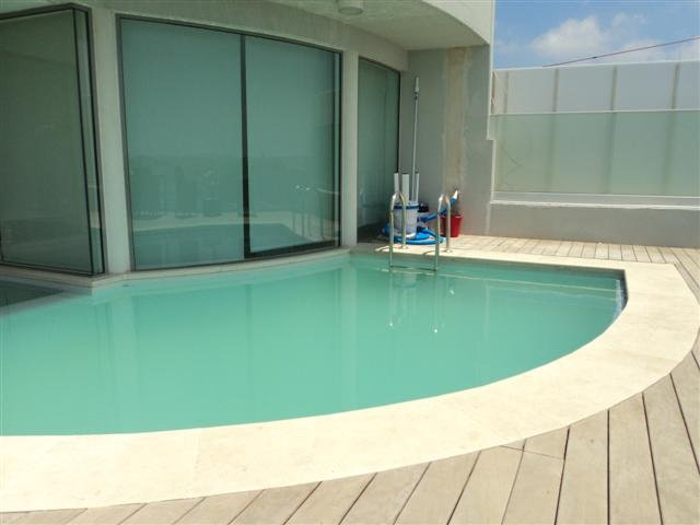 Ultra Modern 3 bedroom Villa in the centre of Sliema with pool