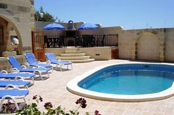 Farmhouse with pool in Gozo
