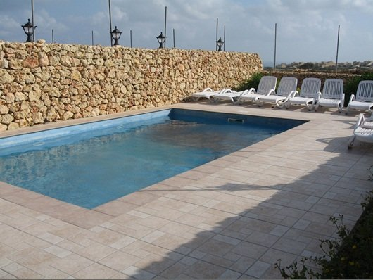 House with pool in Saint lawrence Gozo