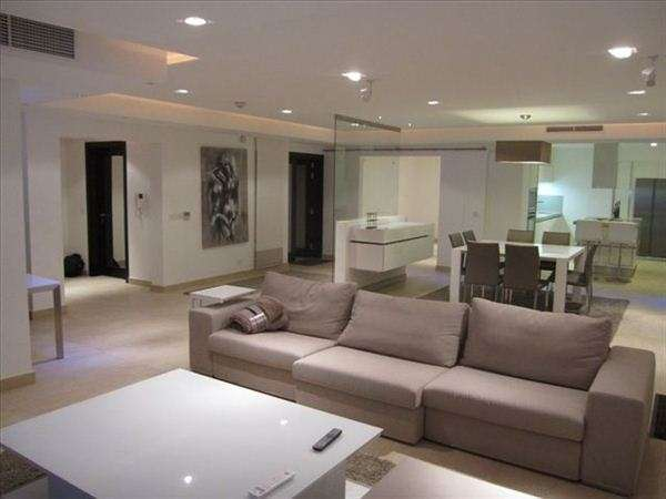 Beautiful 4 bedroom penthouse with jacuzzi and view in St.Julians