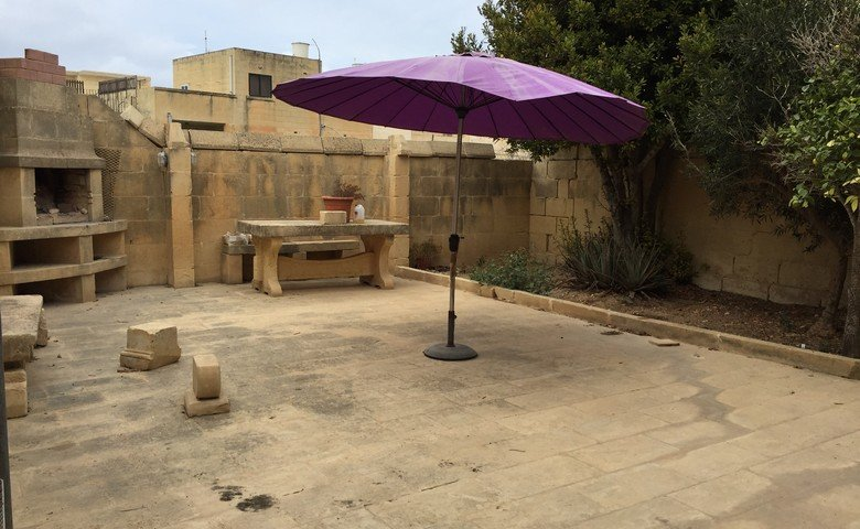 Gozo long lets gharb bungalow