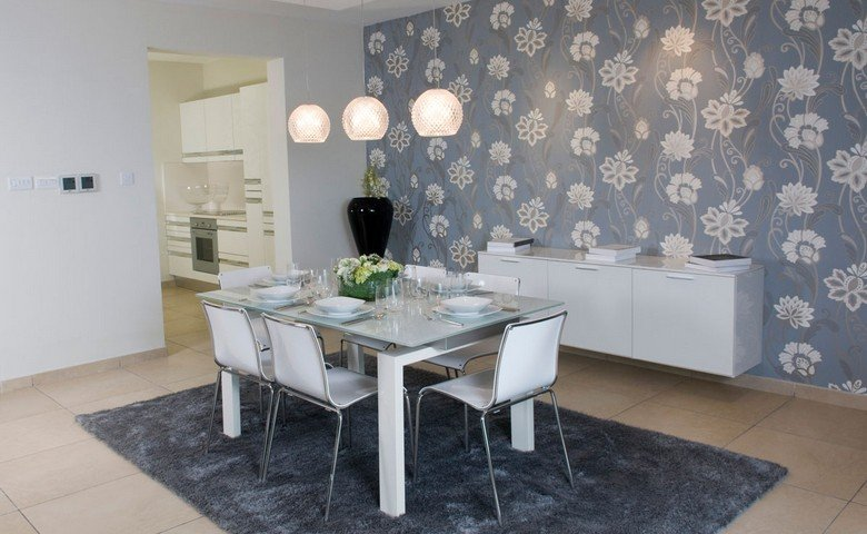 Moving to Malta: Dining room