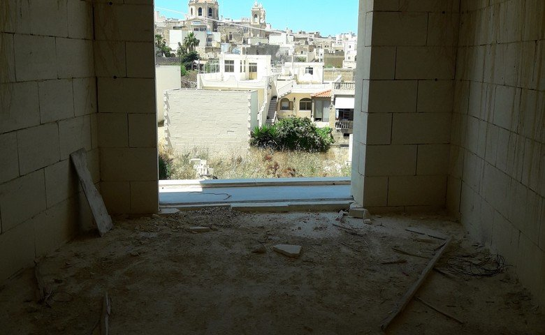 Gozo real estate: Apartment with views