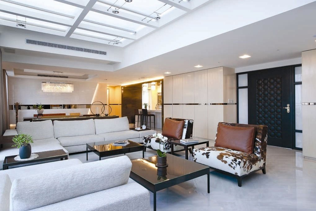 Malta property: Living area