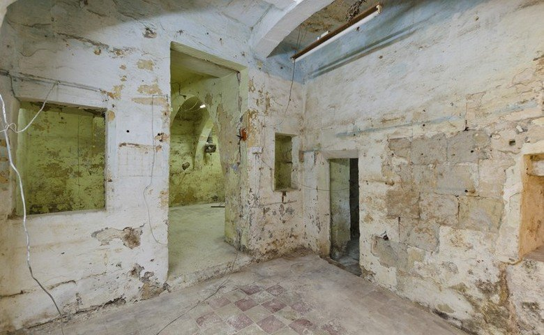 property real estate malta: old house