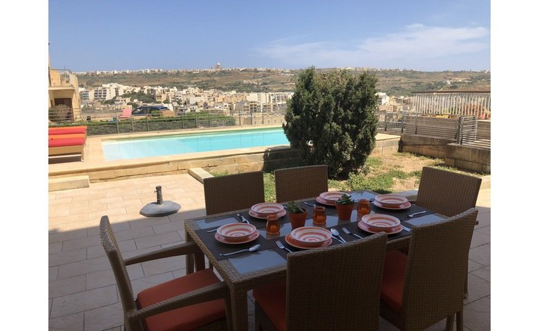 gozo long lets apartment