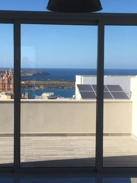 Malta real estate: Terrace with views