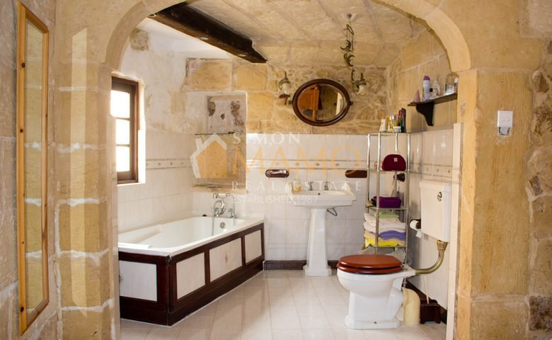 Estate Agents Malta House Of Character For Rent In Siggiewi Ref No 35608