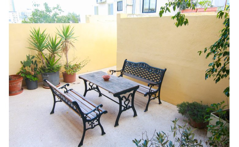 Apartments Malta: 3 Bedroom Apartment in St. Julians Malta ...