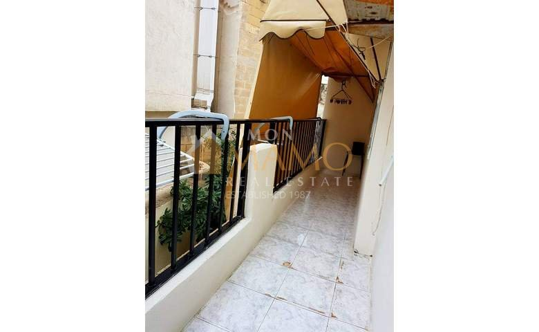 2e4fc43e2 Flats for rent in Malta: Naxxar nicely furnished apartment with 3 bedrooms  : Ref No 42736