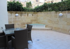 Apartments for rent in Malta: Flat with 2 bedrooms in Gzira malta, property malta, letting malta, real estate malta, simon mamo malta