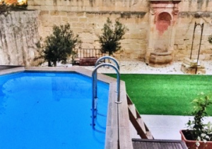 Beautiful Town House with Garden & Pool in Sliema malta, property malta, letting malta, real estate malta, simon mamo malta