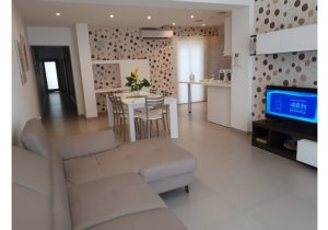Apartments for rent in Malta: Flat with 3 bedrooms in Gzira malta, property malta, letting malta, real estate malta, simon mamo malta