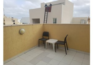 Estate agents Malta: Penthouse with 1 bedroom in Gzira malta, property malta, letting malta, real estate malta, simon mamo malta