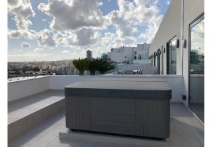 Properties for rent in Malta: Stunning One Bedroom Penthouse with Large Terrace and Jacuzzi malta, property malta, letting malta, real estate malta, simon mamo malta